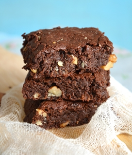 Brownies ultra-gourmands chocolat, noix de coco et noix