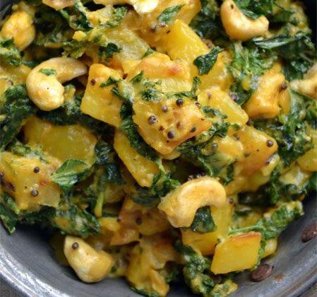 Curry de chou kale et pommes de terre aux noix de cajou