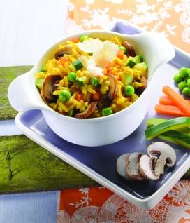 Risotto au curcuma et aux petits légumes