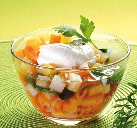 Soupe aux épinards et à l'œuf poché