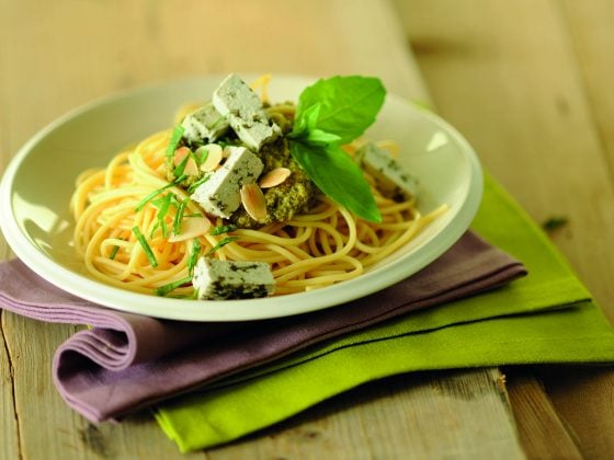 Spaghettis à l'ail et au basilic