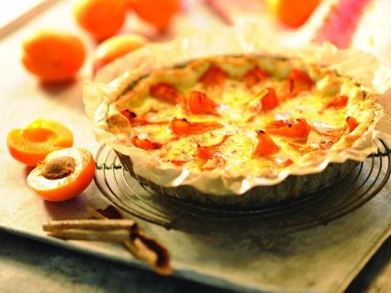 Tarte sablée aux noix de cajou et abricots