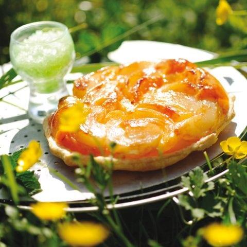 Tatin aux nectarines et à la menthe
