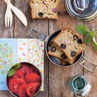 Cake-repas aux courgettes, basilic et jambon