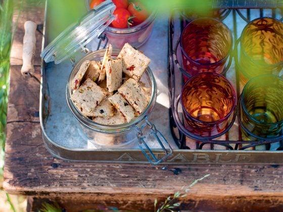 Crakers vegan aux graines pour l'apéritif