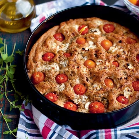 Moelleux aux légumes verts, chèvre et tomates cerise