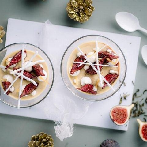 Crème au thé des fêtes, figues au vin rouge, chantilly et meringue