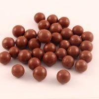 Noisettes enrobées de chocolat au lait bio