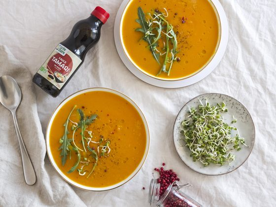 Soupe de carottes au miso et à la sauce tamari