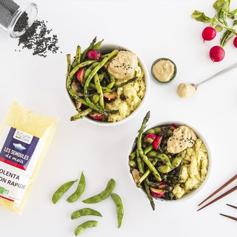 Polenta au wasabi, ses légumes printaniers et sa sauce cacahuète