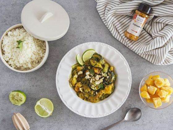Curry de crevettes à la mangue et au lait de coco