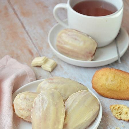 Madeleine chocolat blanc et fraise bio