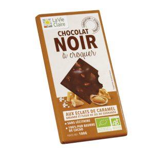 Tablette de chocolat noir bio 56 % aux éclats de caramel, amandes et fleur de sel de Guérande
