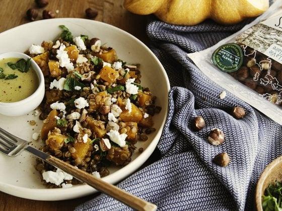 Salade tiède de lentilles au potimarron, noisettes et feta 1