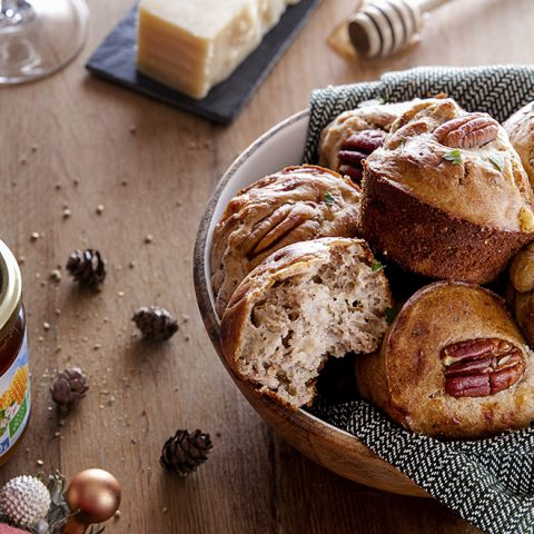 Minis muffins aux 2 fromages, miel et noix