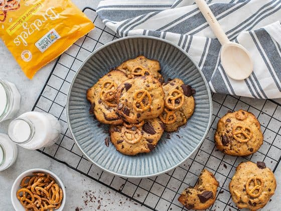 Cookies vegan aux bretzels et pépites de chocolat noir 1