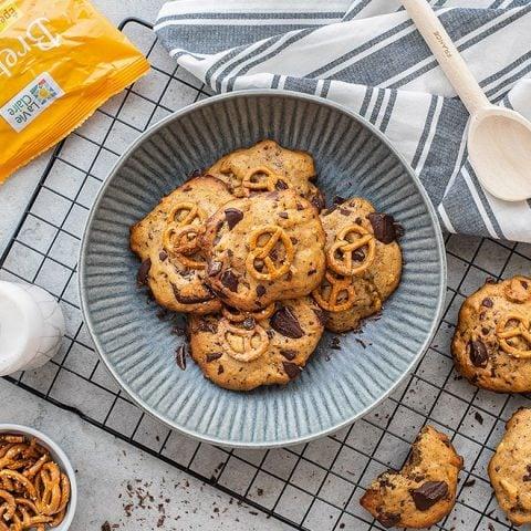 Cookies vegan aux bretzels et pépites de chocolat noir 2