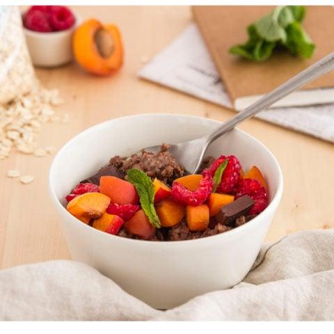 Porridge de flocons d'avoine au chocolat