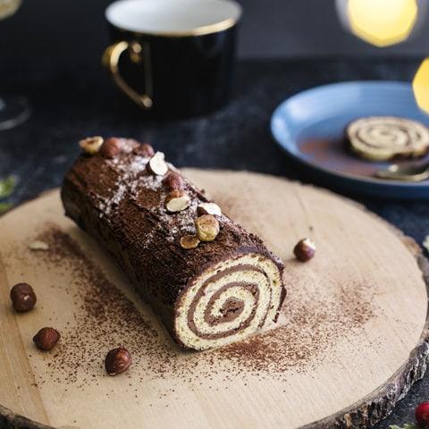 Bûche de Noël chocolat-noisettes