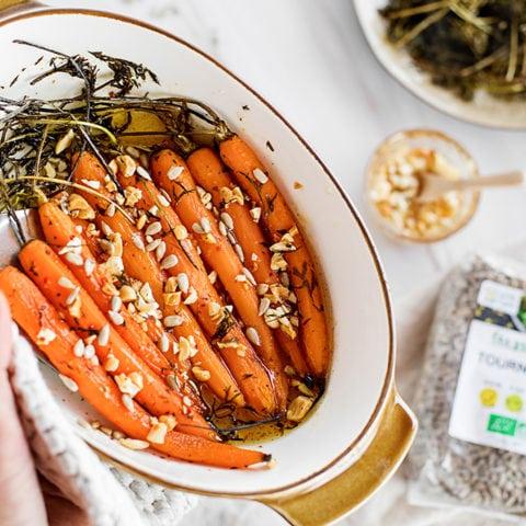 Mini-carottes au miel et aux noix