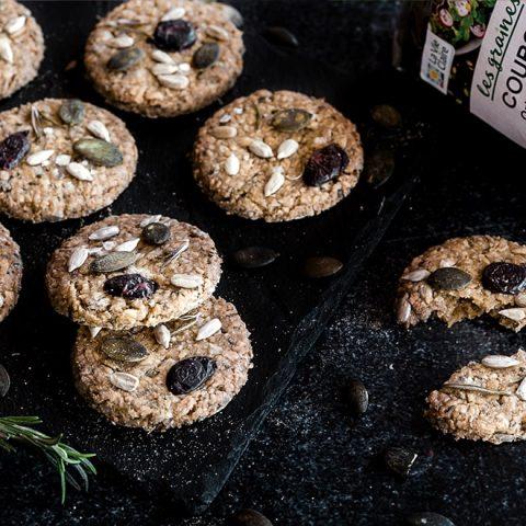 Biscuits apéritifs aux graines et olives